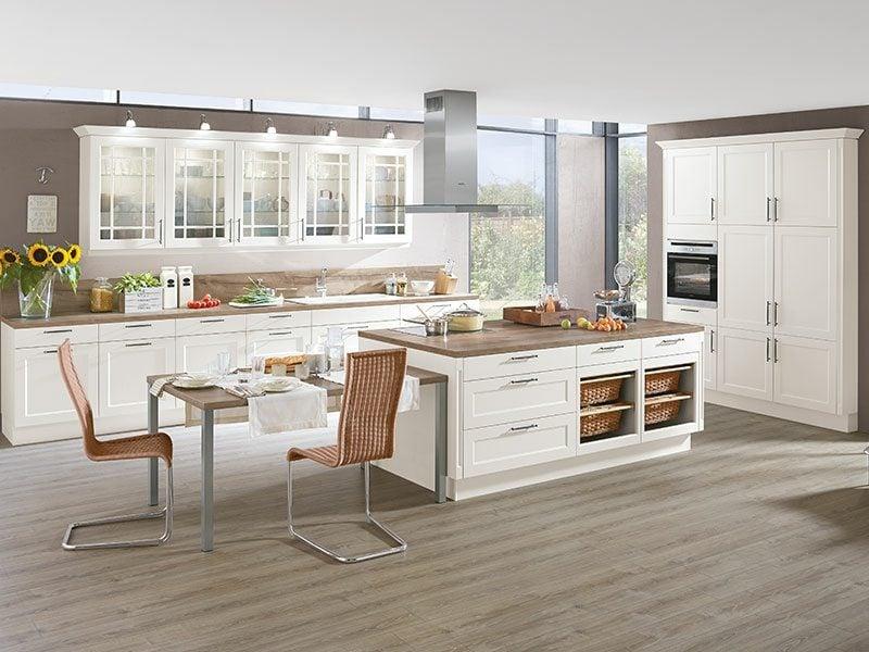 Kücheninsel Landhausstil moderne Gestaltung der Küche