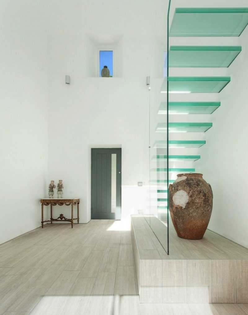 freihängende Treppe Glasstufen