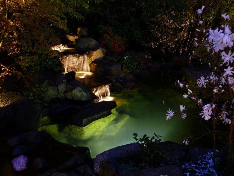 Wasserfall LED Gartenbeleuchtung