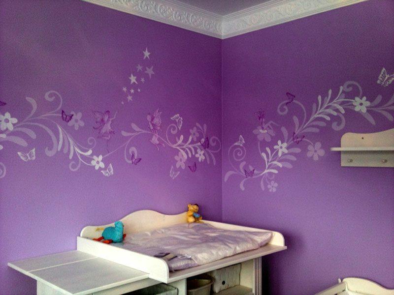 Wandmalerei in Lila Kinderzimmer