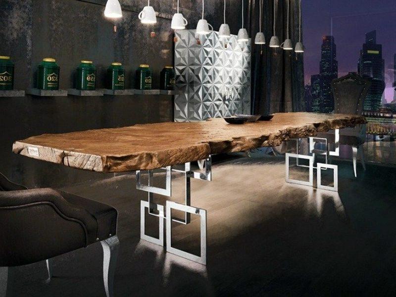 ausgefallener Esstisch aus Treibholz