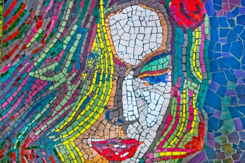 originelles Mosaik Frau Bastelideen