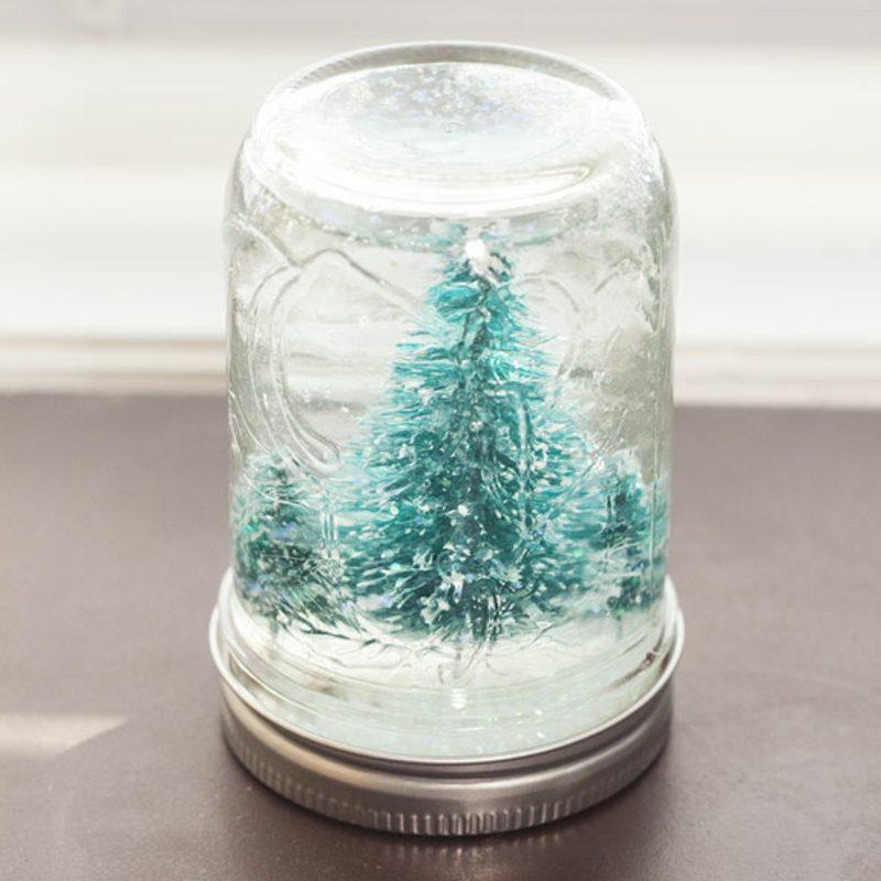 schneekugel selber machen deko feiern diy weihnachtsdeko ideen zenideen. Black Bedroom Furniture Sets. Home Design Ideas