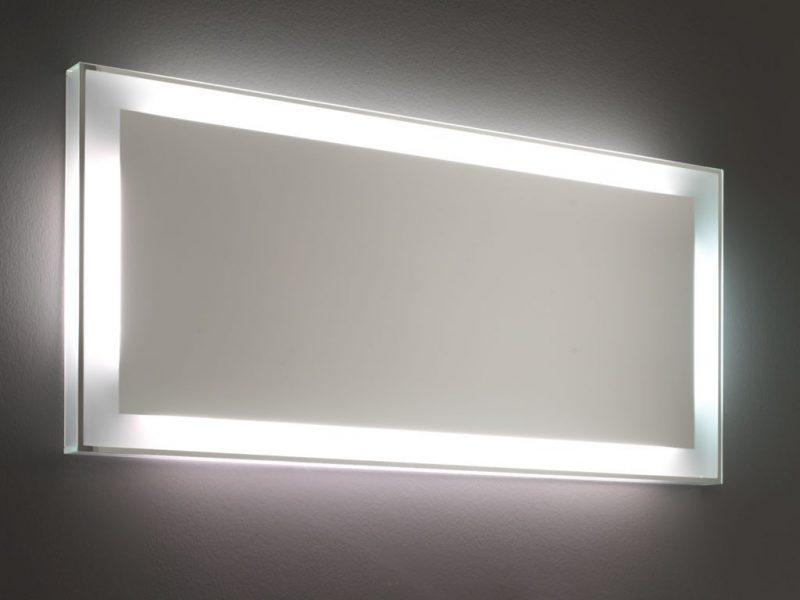 Spiegelbeleuchtung im Bad