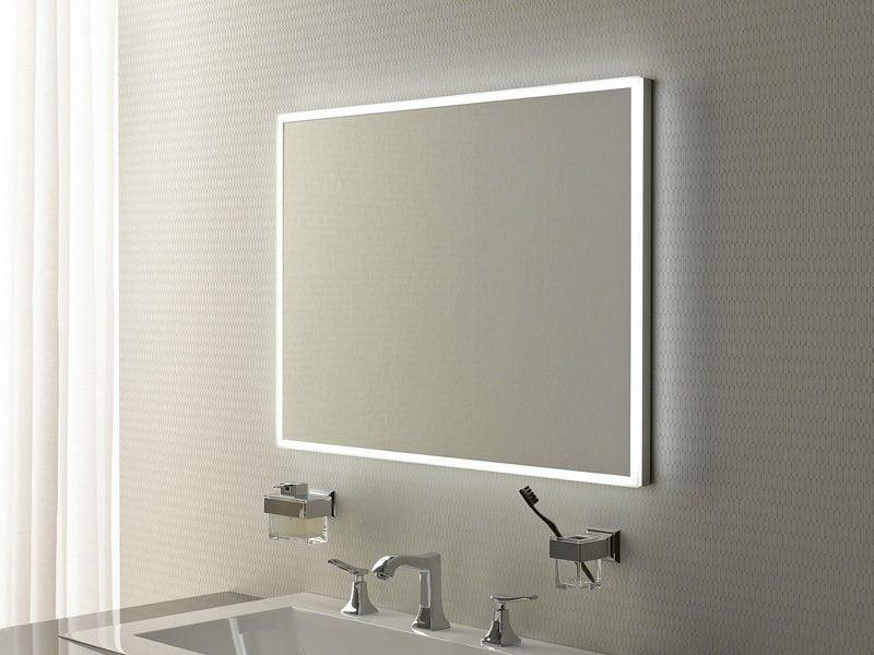 integrierte Beleuchtung Badspiegel