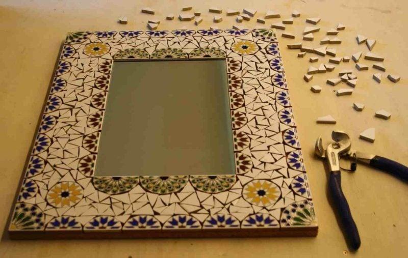 Spiegelrahmen dekoriert mit Mosaik