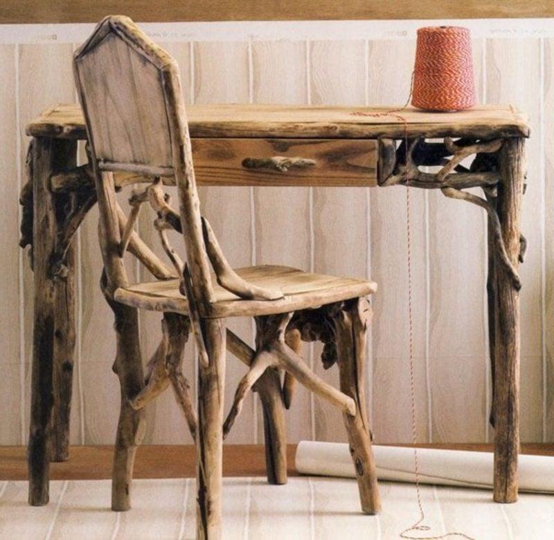 Treibholz Möbel Stuhl und Schreibtisch