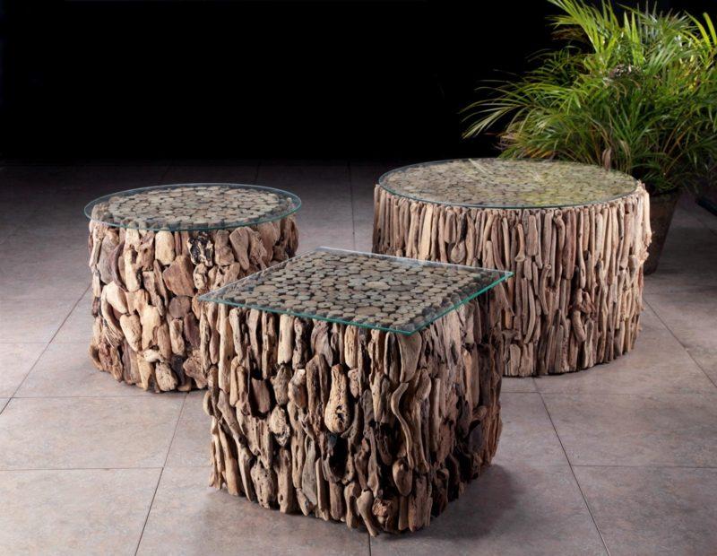 drei originelle Tische aus Treibholz