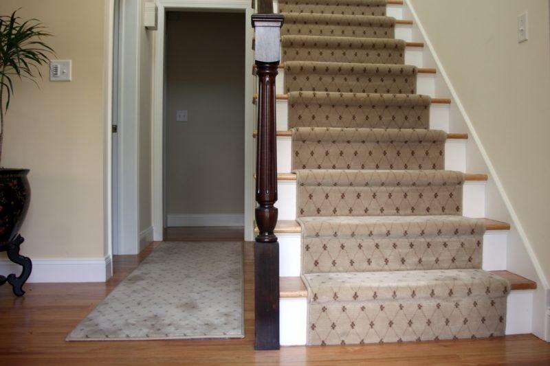 origineller Teppich Treppenhaus