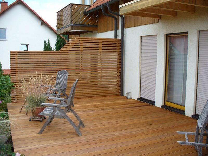 Balkonumrandung aus Holz