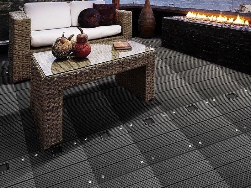 balkonboden schwarz