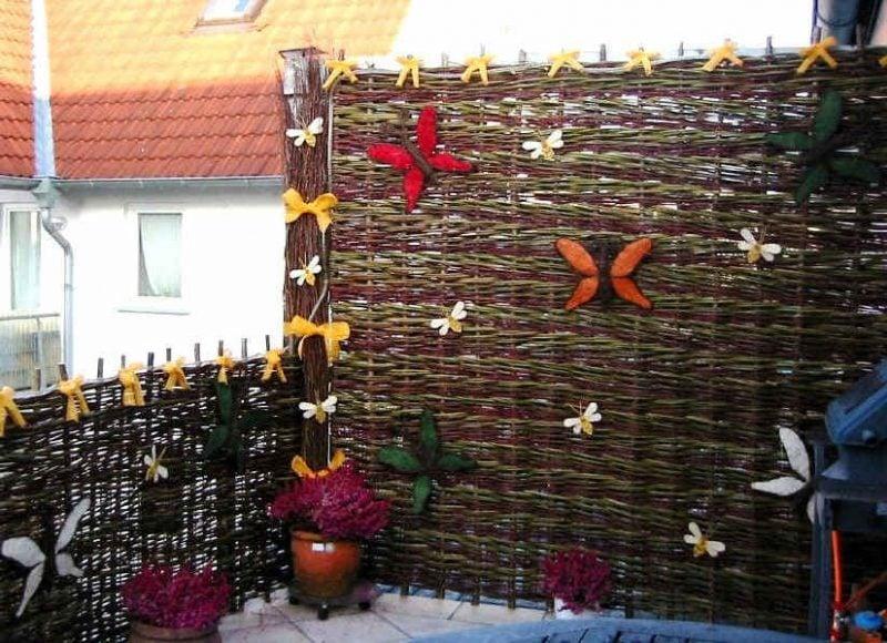 Balkonumrandung aus Weide