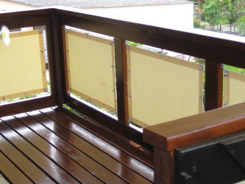 Balkonumrandung Bespannung