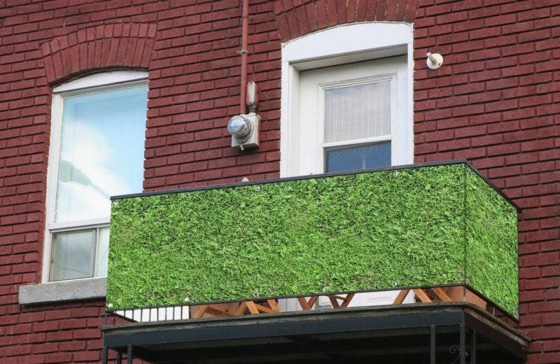 Balkonumrandung Gras Imitation
