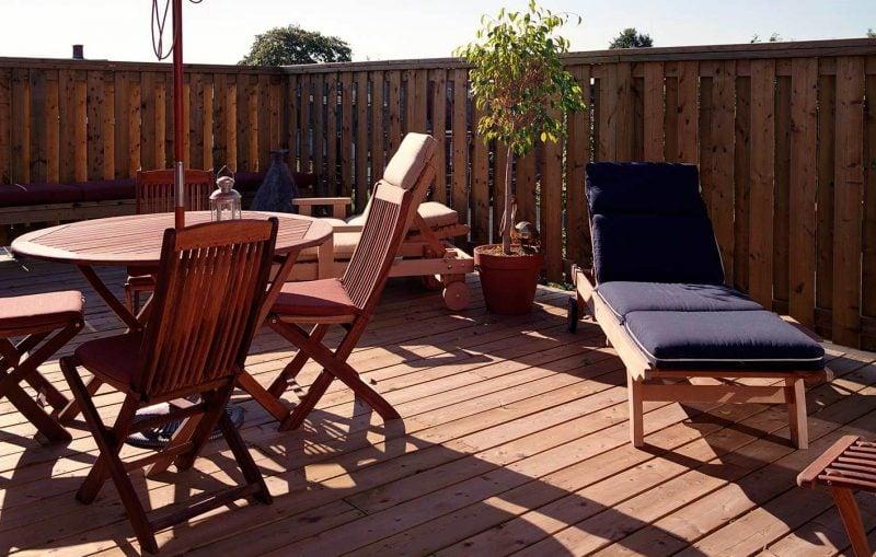 Balkonumrandung Holz Bespannung