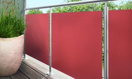 rote balkonverkleidung