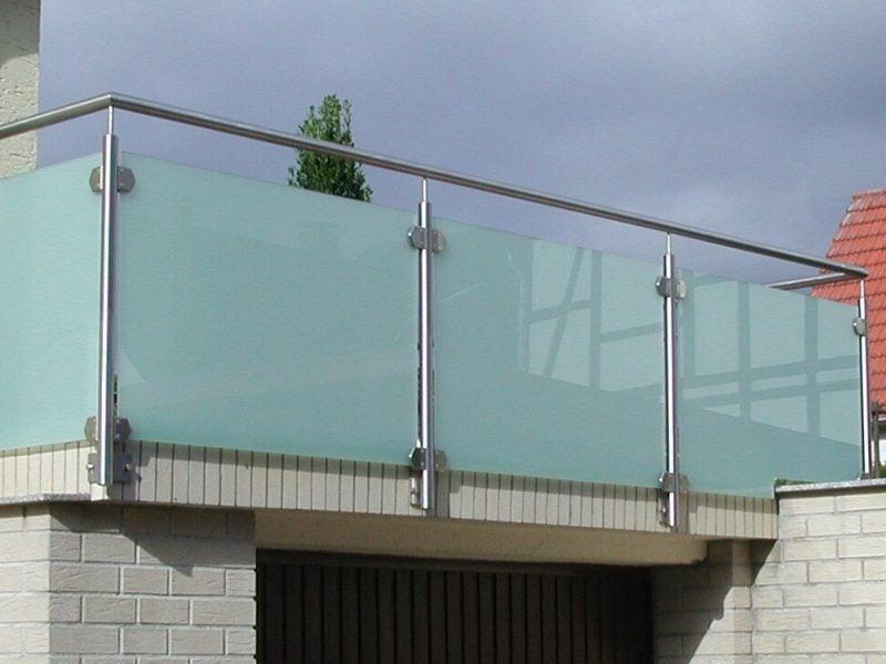 balkonverkleidung glas