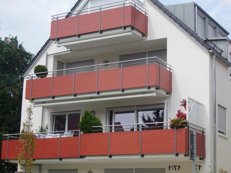 balkonverkleidung rot