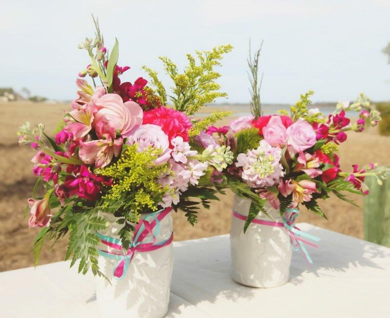 Blumengestecke Tischdeko