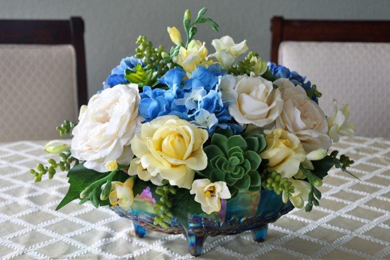 Blumengestecke Blau