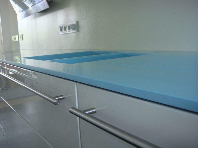 corian arbeitsplatte blau