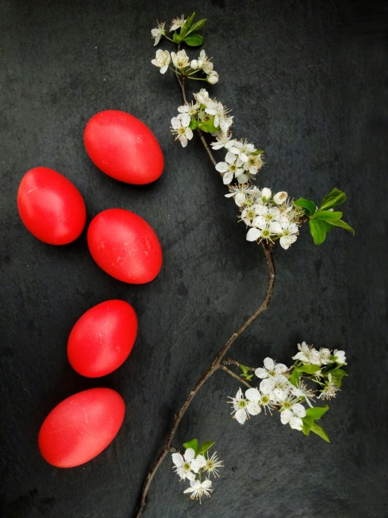 eier färben rot