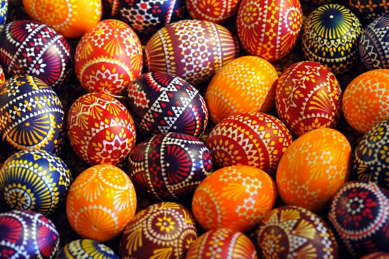 Eier färben - Ideen zum Selbermachen - Deko & Feiern, DIY - ZENIDEEN