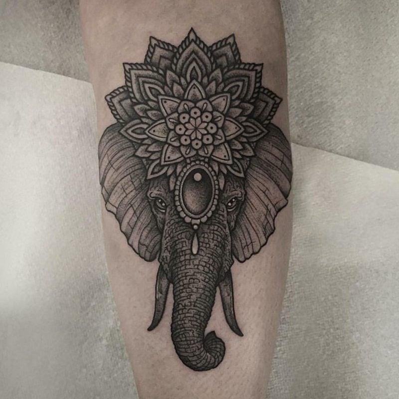 elefanten tattoo Hindu