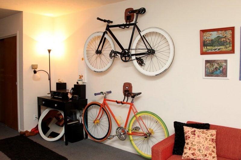 26 kreative ideen f r fahrradhalterung f r wand. Black Bedroom Furniture Sets. Home Design Ideas