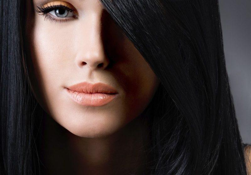 Farbpaletten schwarze Haare