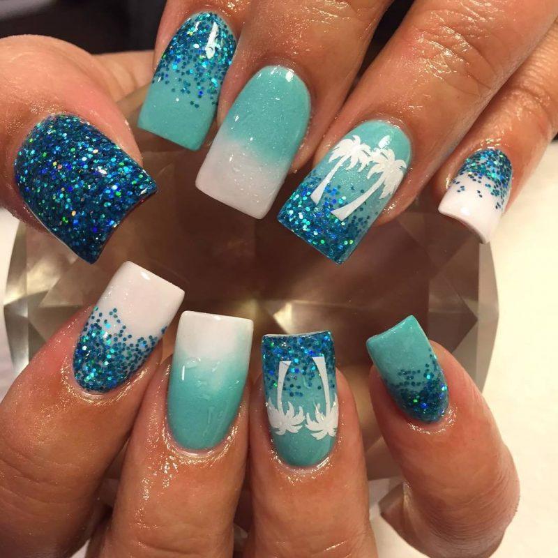 Fingernagel Design Blau