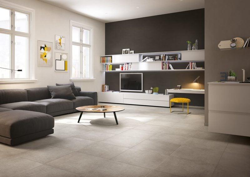 Fliesen im Wohnzimmer in Grau