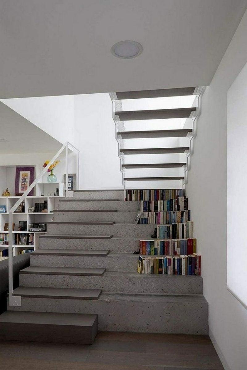 freihängende Treppe aus Beton