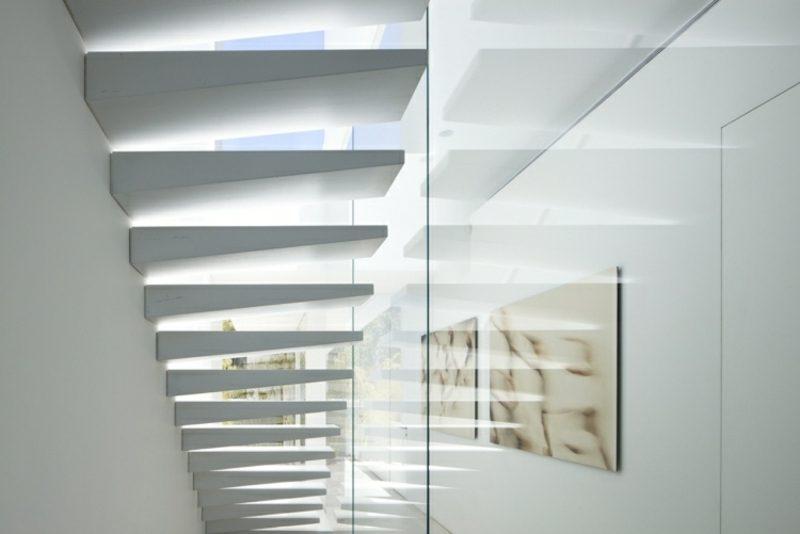 kreative Designideen freihängende Treppe