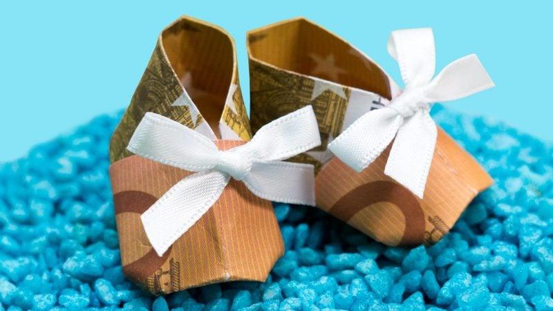 4 einfache schritte f r origami geld herz falten diy zenideen. Black Bedroom Furniture Sets. Home Design Ideas