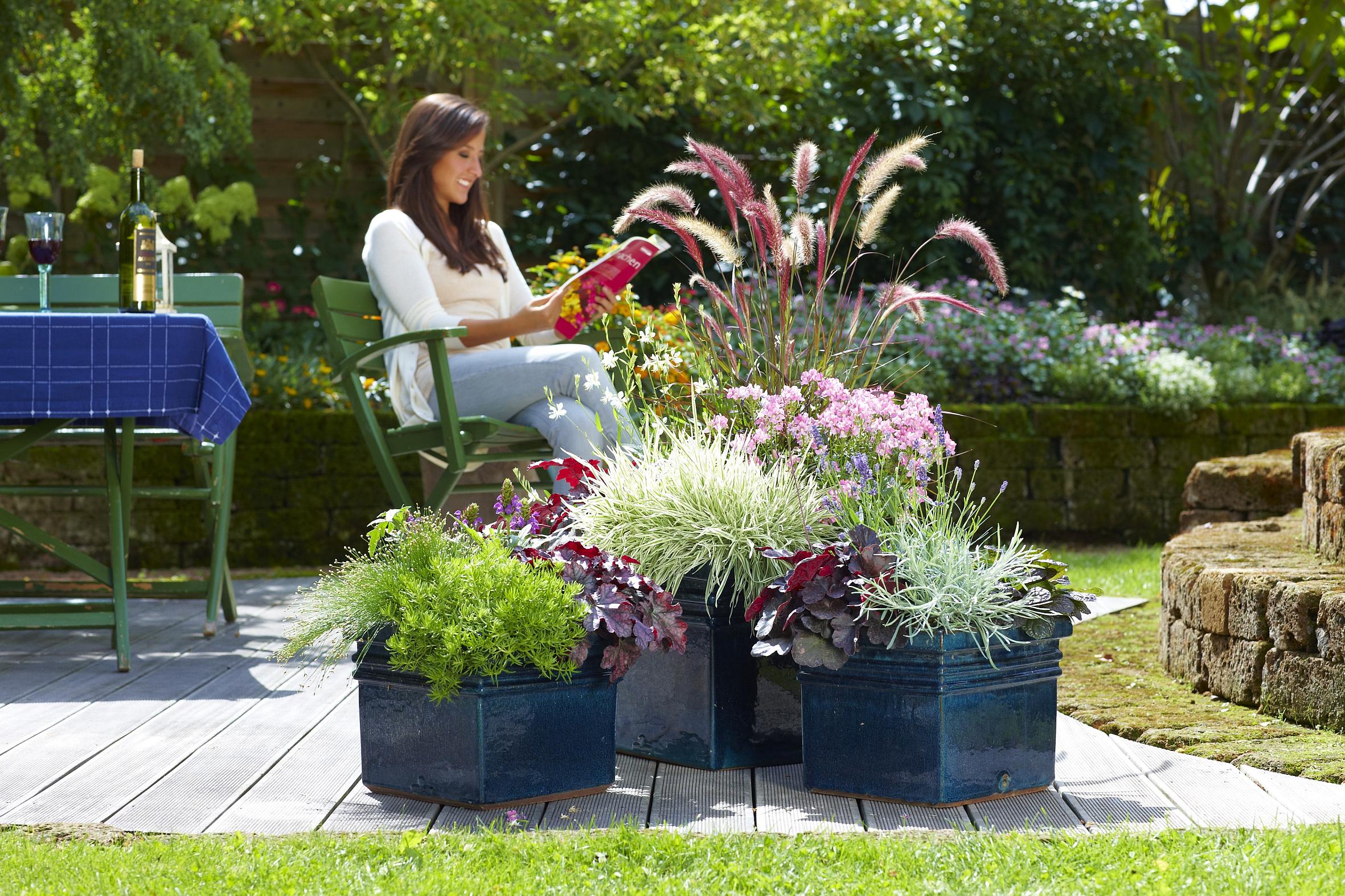 18 pflegeleichte gestaltungsideen mit gr ser pflanzen deko feiern gartenarbeit zenideen. Black Bedroom Furniture Sets. Home Design Ideas