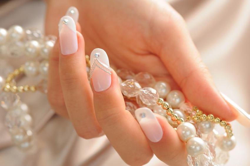 24 Glamourose Vorschlage Fur Hochzeitsnagel Deko Feiern
