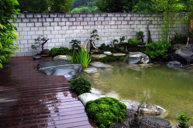 Japanische Gärten Holzweg