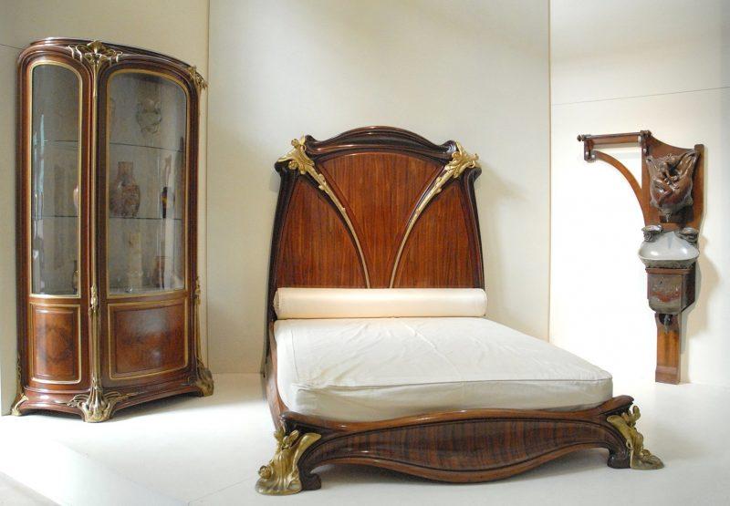 Schlafzimmer aus Holz Jugendstil Merkmale