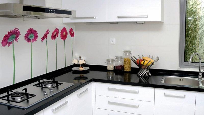 küche glasrückwand weiß