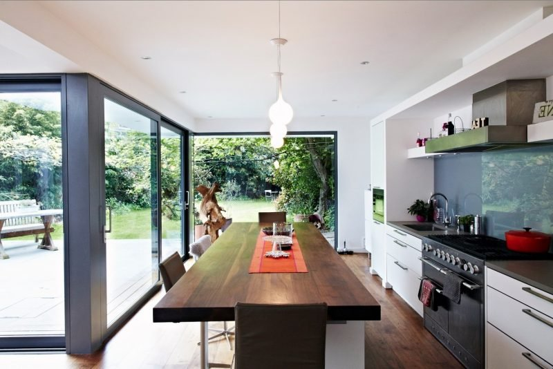 küche glasrückwand dezent