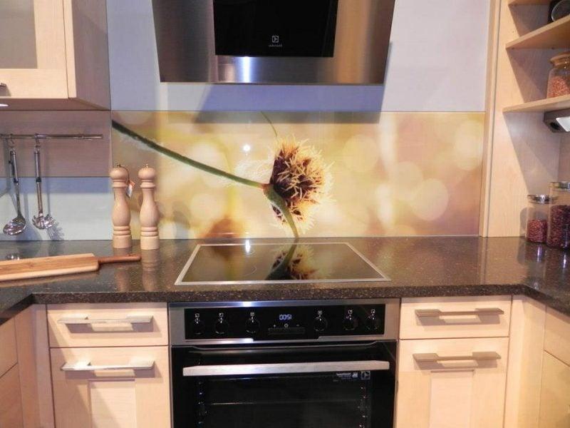küche glasrückwand diskret