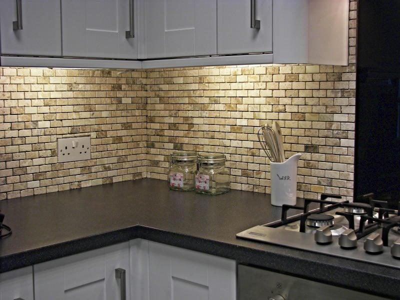 küchenwandgestaltung effektvoll