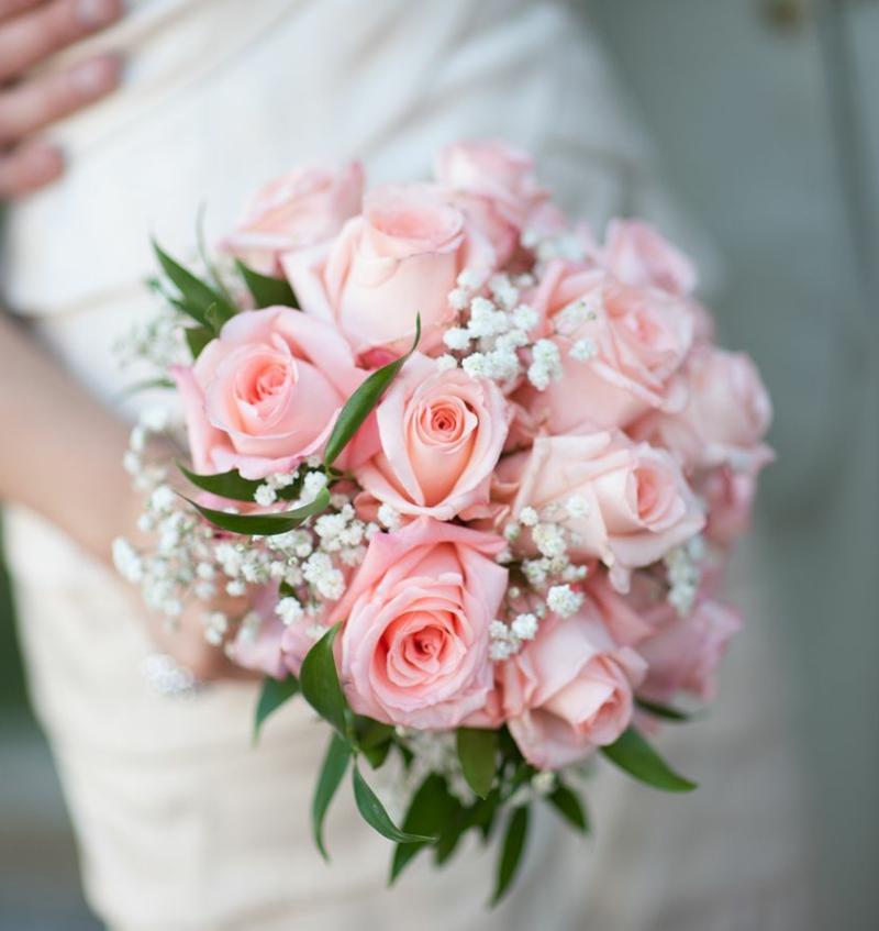 Hochzeitsstrauβ zarte Rosen