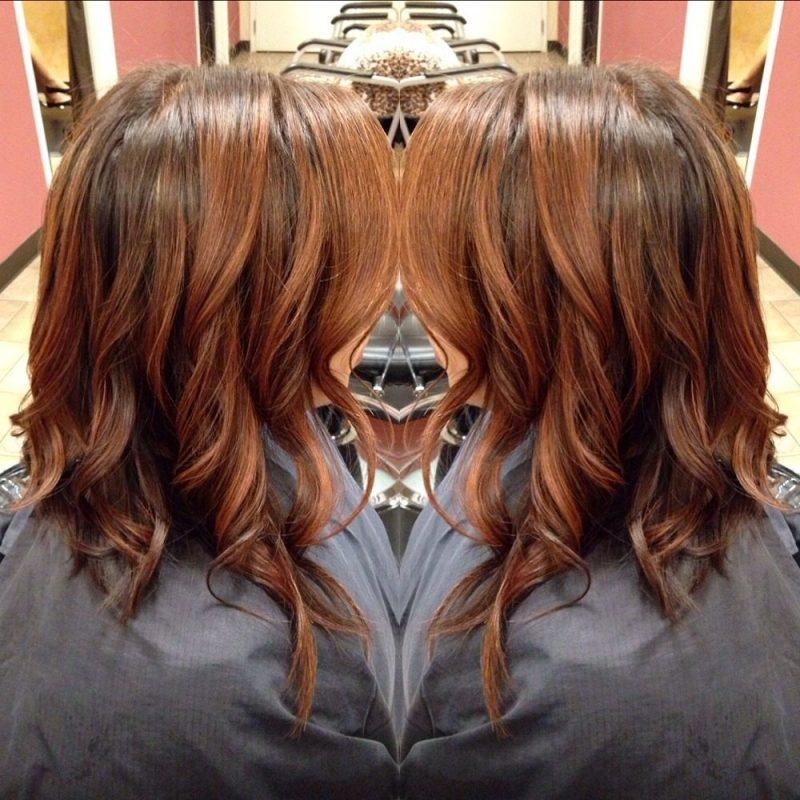 Kupferbraun Haarfarbe Wellen