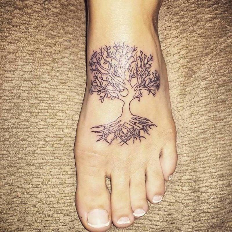 Lebensbaum Tattoo Frauen Ideen