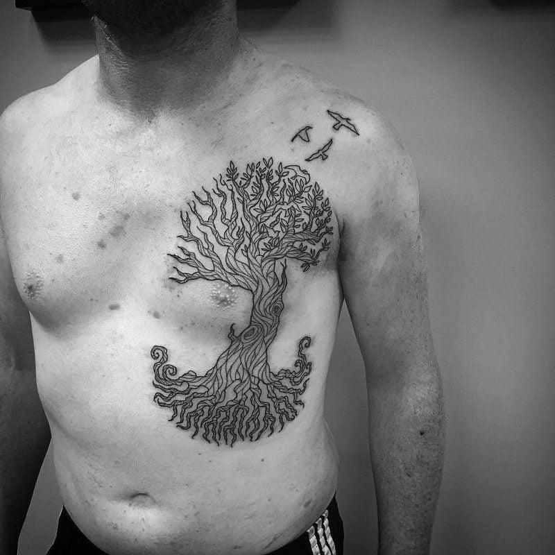 Lebensbaum Tattoo Man