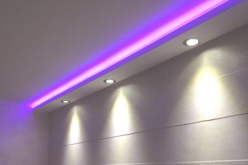 led indirekte beleuchtung lila