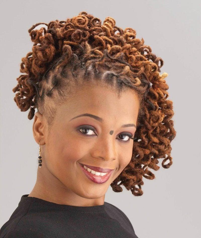 Locken Hochsteckfrisuren Lockige Haare
