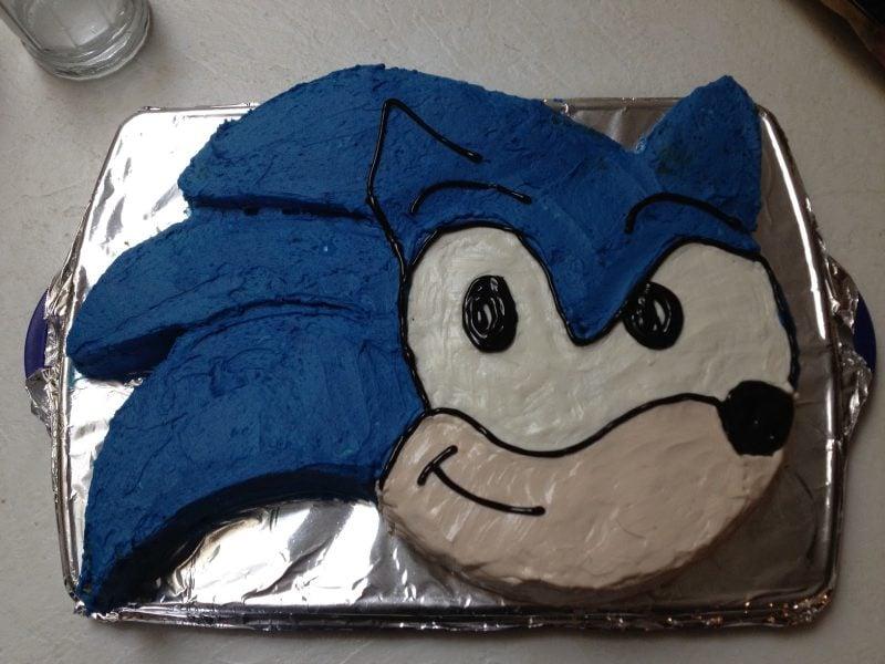 Motivtorten selber machen Sonic Torte Anleitung